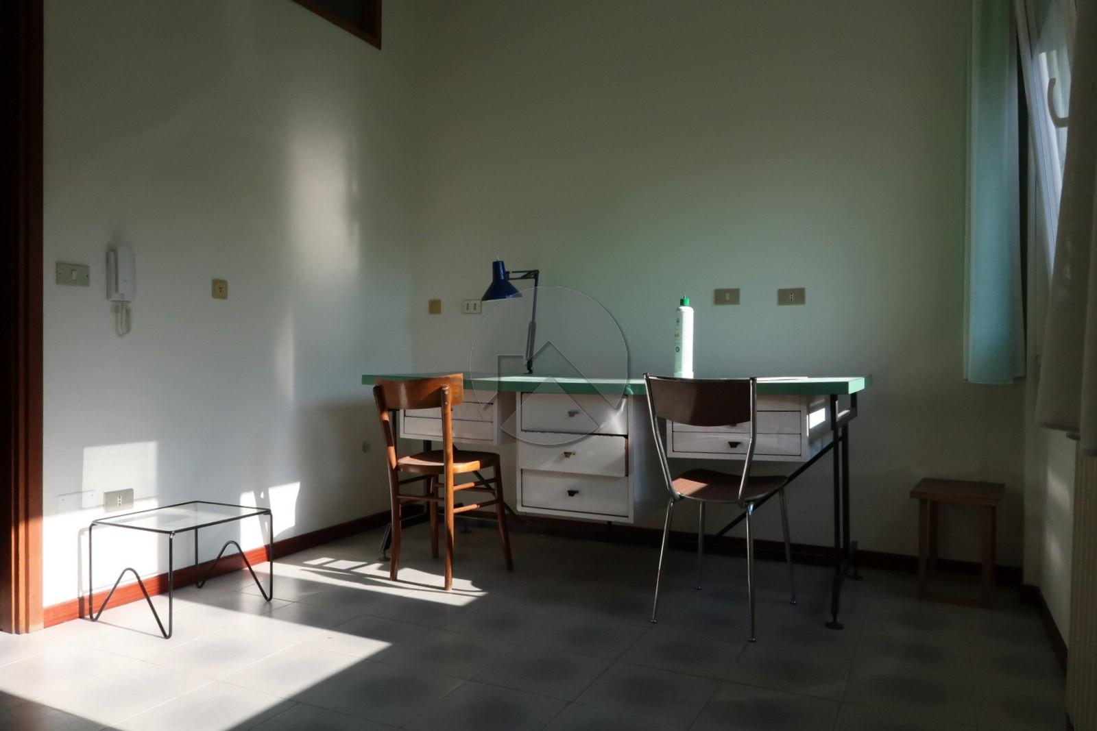Ufficio a cesena in affitto in zona centrale for Affitto ufficio